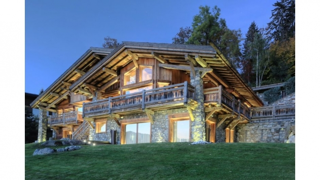 image of Chalet Onyx
