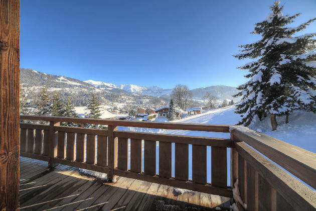 alps-heaven-megeve-balcony.jpg