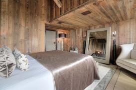 chalet-opulence-megeve-bedroom-2.jpg