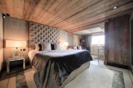 chalet-opulence-megeve-bedroom-4.jpg